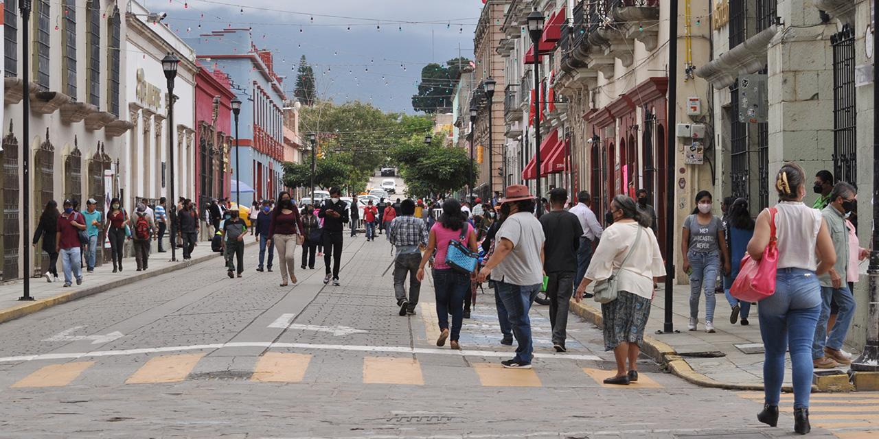La tercera ola no cede y la ciudadanía, de fiesta | El Imparcial de Oaxaca