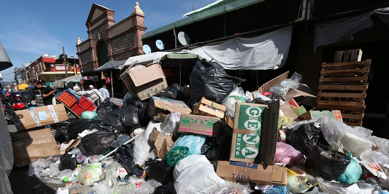 Capital de Oaxaca convertida en un basurero   El Imparcial de Oaxaca