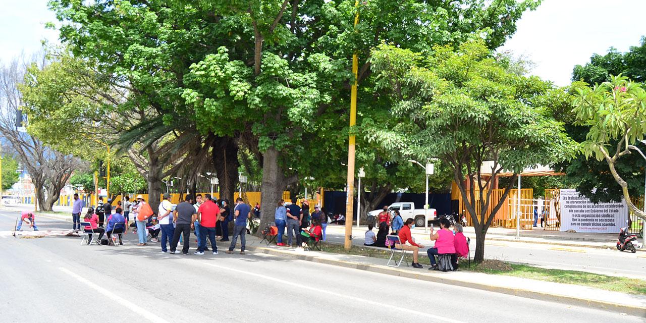 STEUABJO pide fecha de depósito de 12 mdp   El Imparcial de Oaxaca