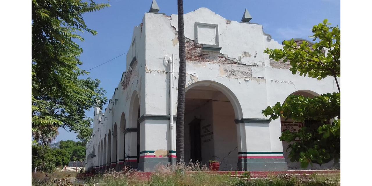 Abandonan restauración del Palacio Federal de Salina Cruz tras sismo   El Imparcial de Oaxaca
