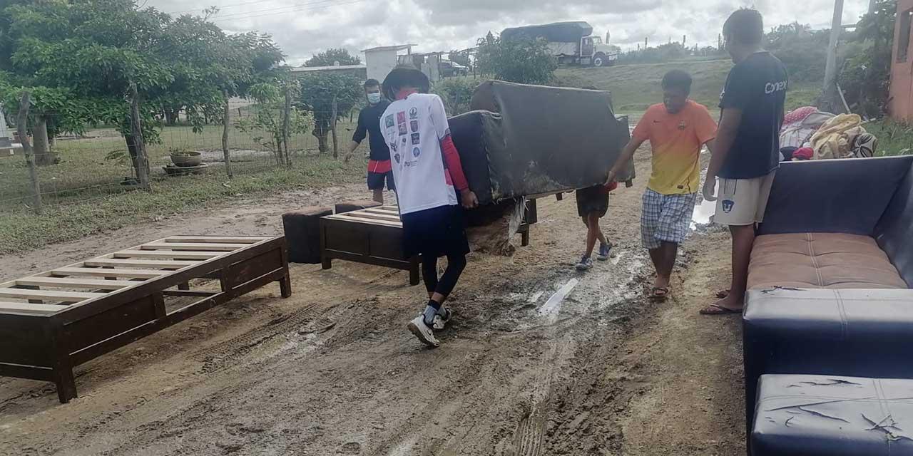 Sin apoyo, damnificados por lluvias en el Istmo   El Imparcial de Oaxaca