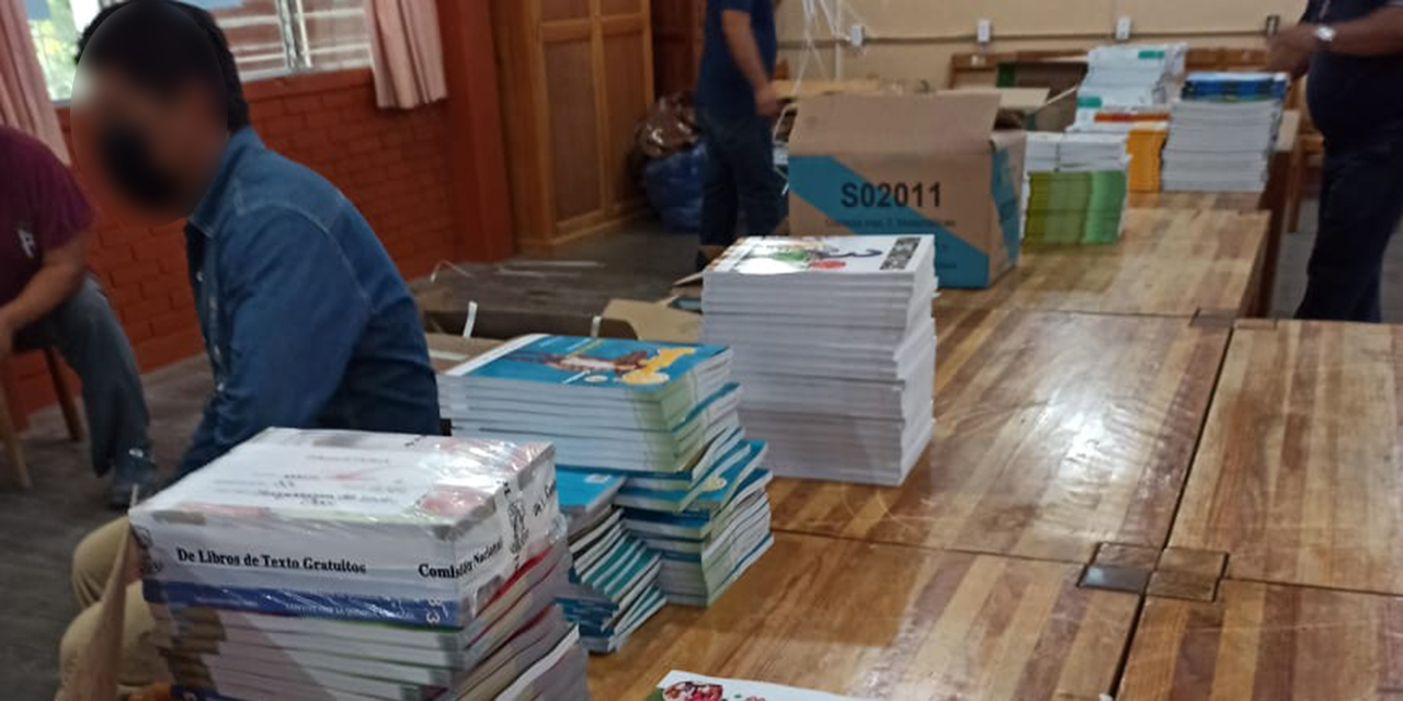 Inicia el reparto de libros de texto gratuito en la región Mixteca | El Imparcial de Oaxaca
