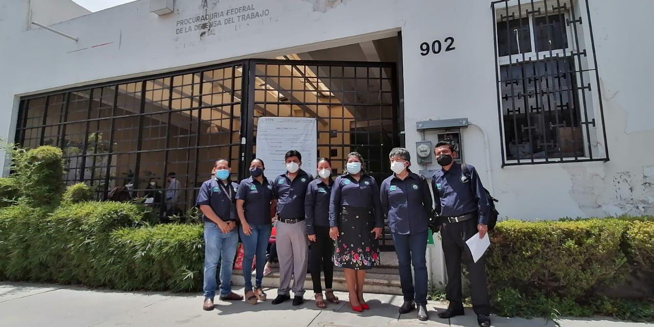 Seis docentes del Conalep ganan demanda por despido injustificado en Puerto Escondido   El Imparcial de Oaxaca