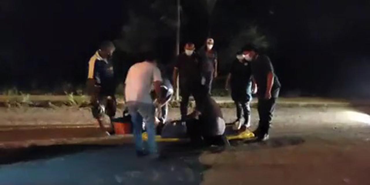 Mujer motociclista derrapa en Ciudad Ixtepec   El Imparcial de Oaxaca