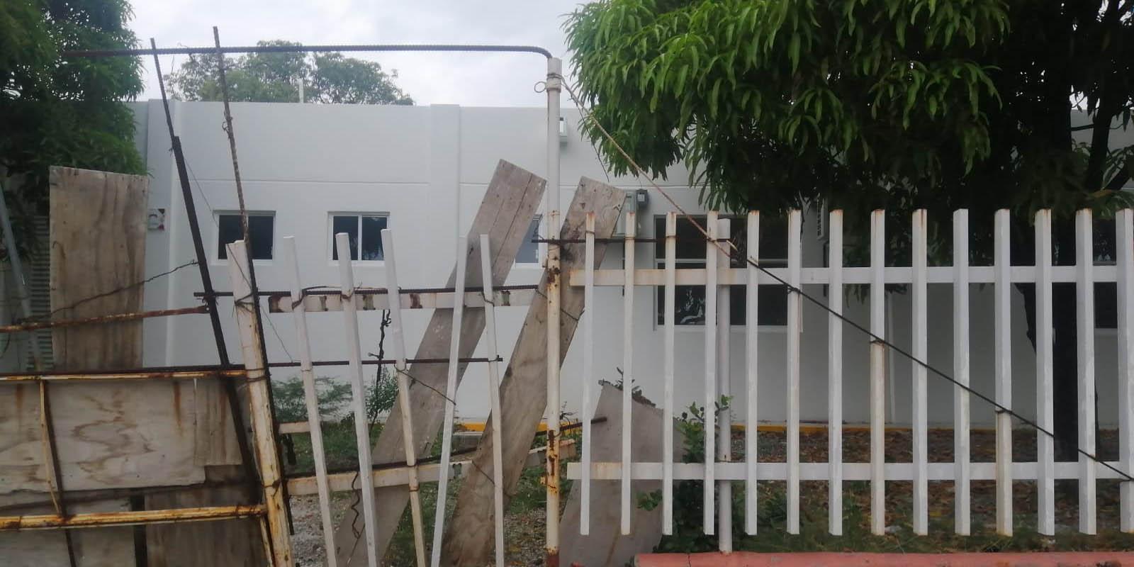 Abandonan hospital en Salina Cruz | El Imparcial de Oaxaca