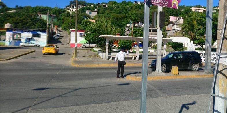 Semáforos inservibles provocan accidentes   El Imparcial de Oaxaca