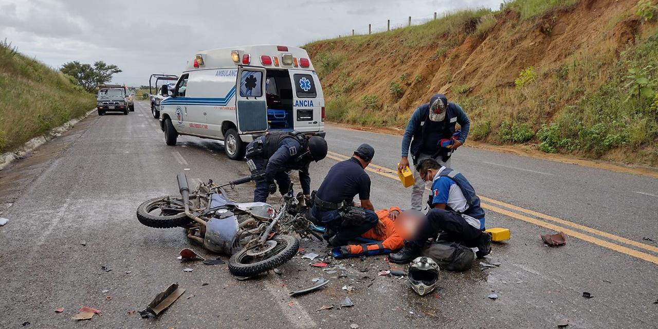Motociclistas derrapan en libramiento a Ejutla | El Imparcial de Oaxaca