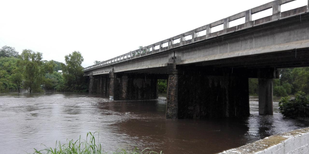 Reportan principales ríos a su máxima capacidad | El Imparcial de Oaxaca