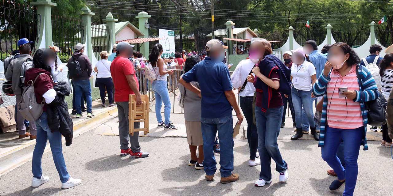 Agilizan vacunas en segundo día de jornada | El Imparcial de Oaxaca