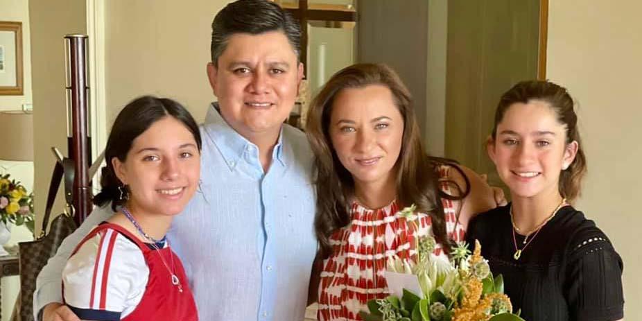 Festejan con Pily en su cumpleaños | El Imparcial de Oaxaca