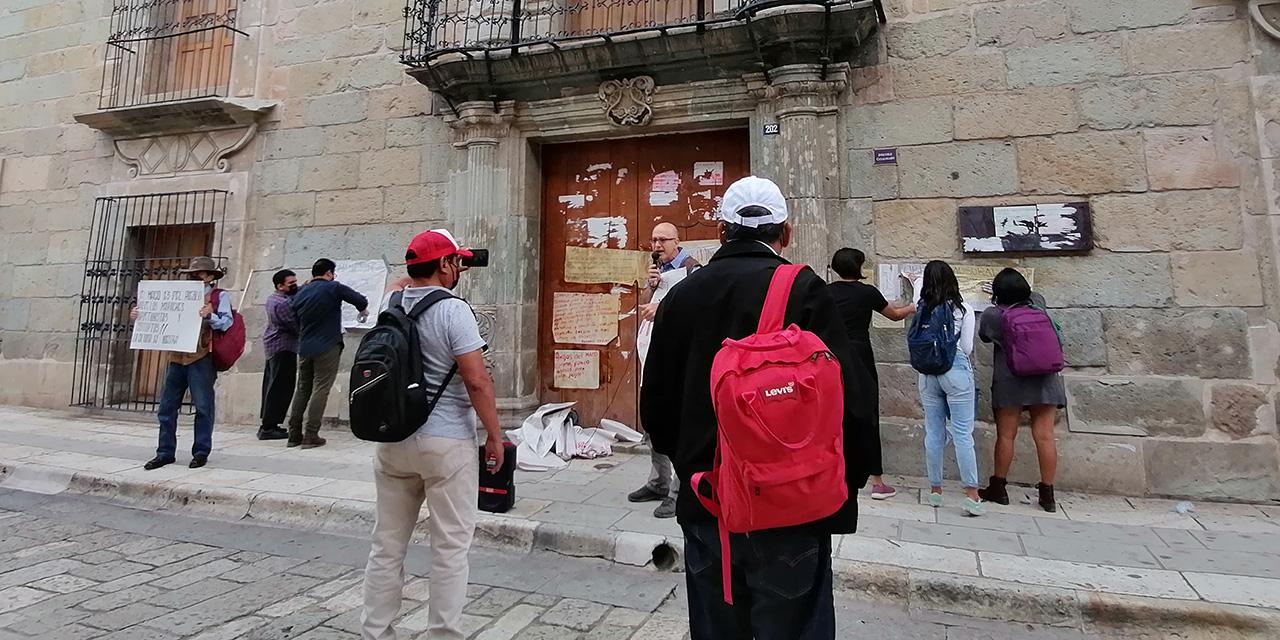 Sin acuerdo ni pagos a empleados del MACO   El Imparcial de Oaxaca