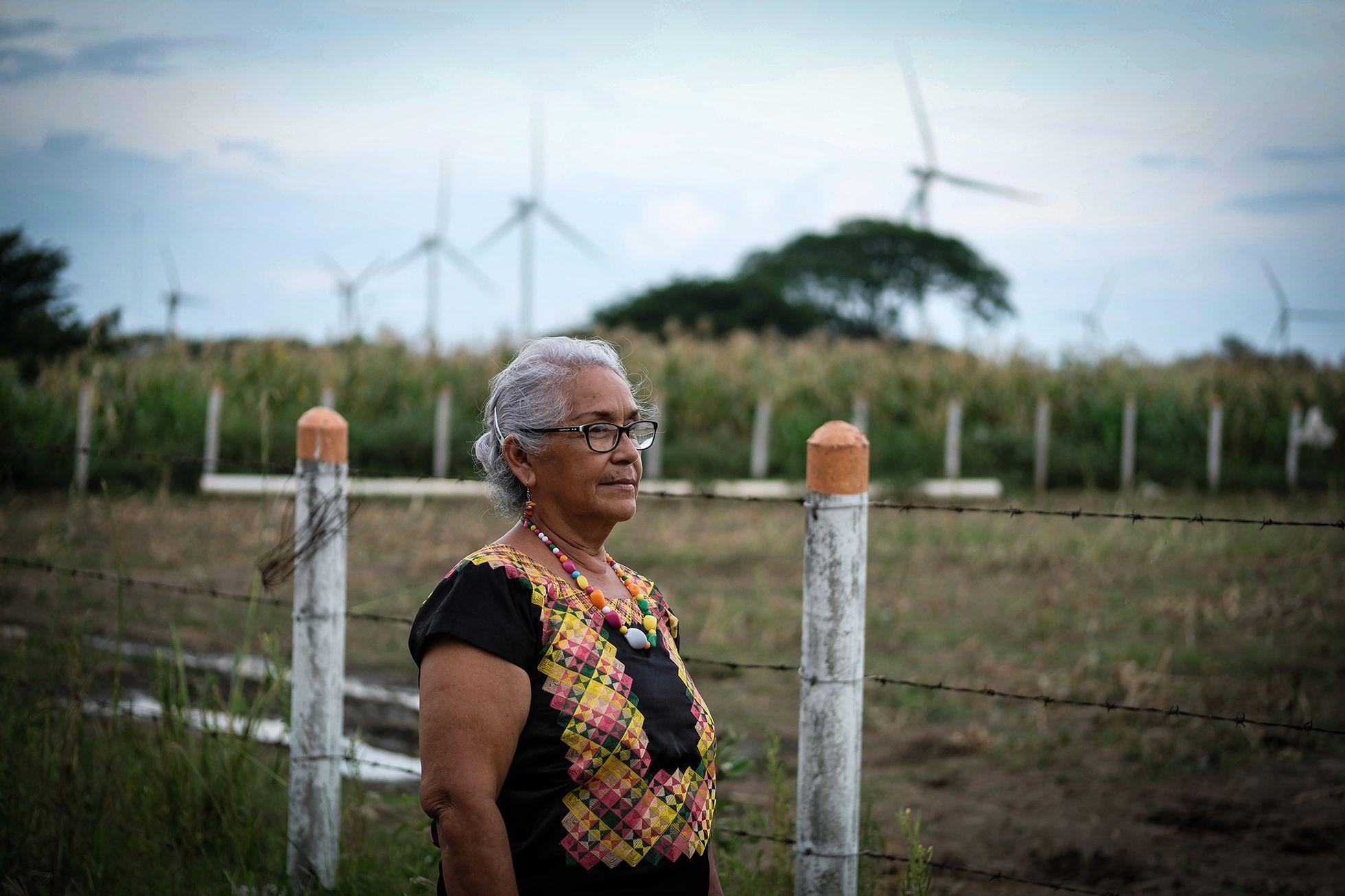 Ná Lupita, mujer de las nubes frente a las eólicas