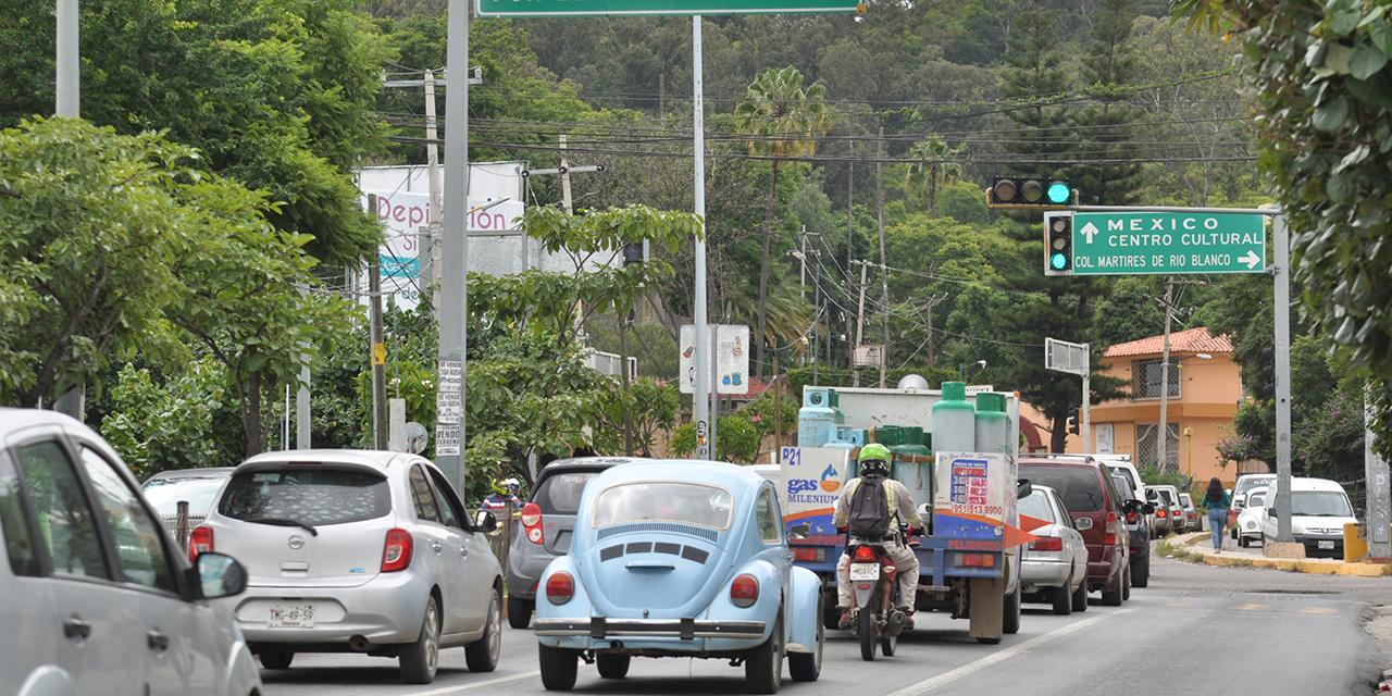 Camión del ayuntamiento se ve involucrado en accidente   El Imparcial de Oaxaca