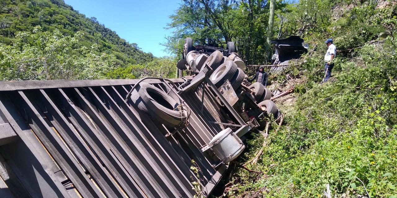 Accidentes de gigantes en carreteras de Oaxaca   El Imparcial de Oaxaca