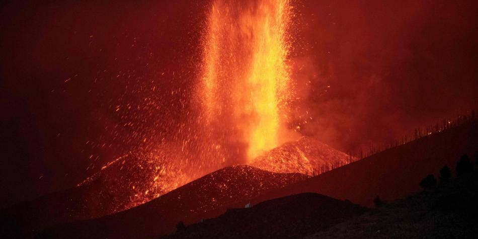 Lava del volcán Cumbre Vieja llega al mar después de 10 días de erupción   El Imparcial de Oaxaca