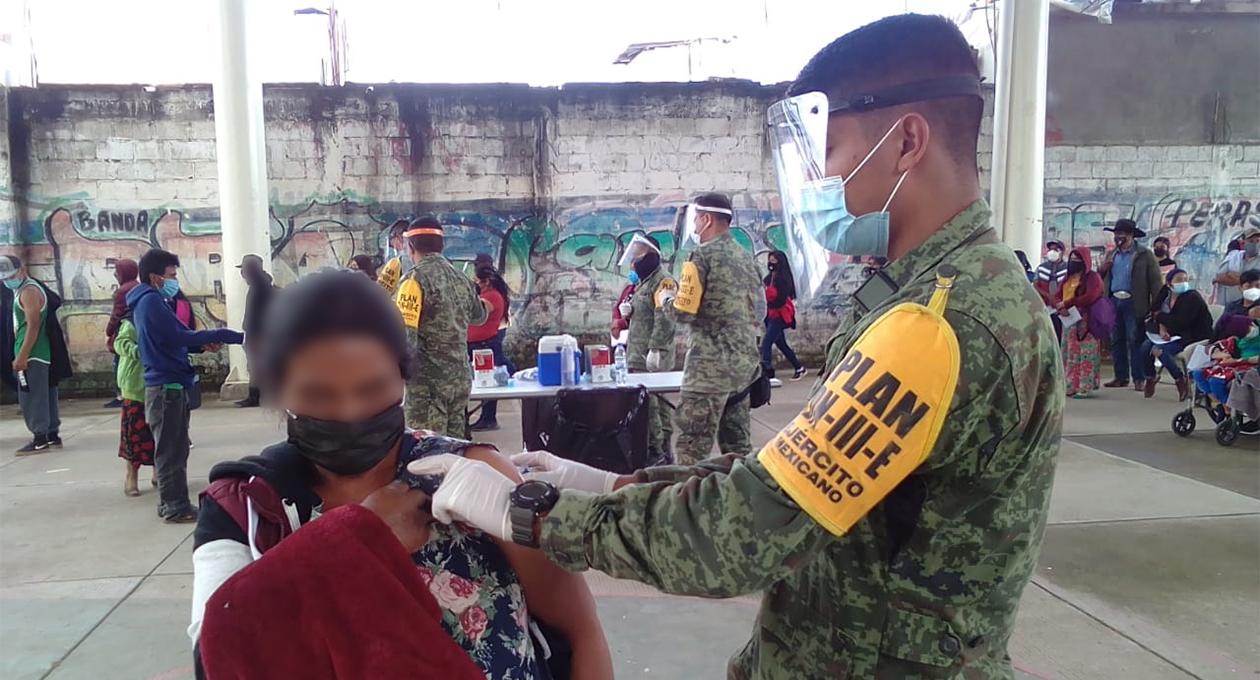 Continúa Ejército Mexicano aplicando vacuna Cansino en municipios de Oaxaca | El Imparcial de Oaxaca