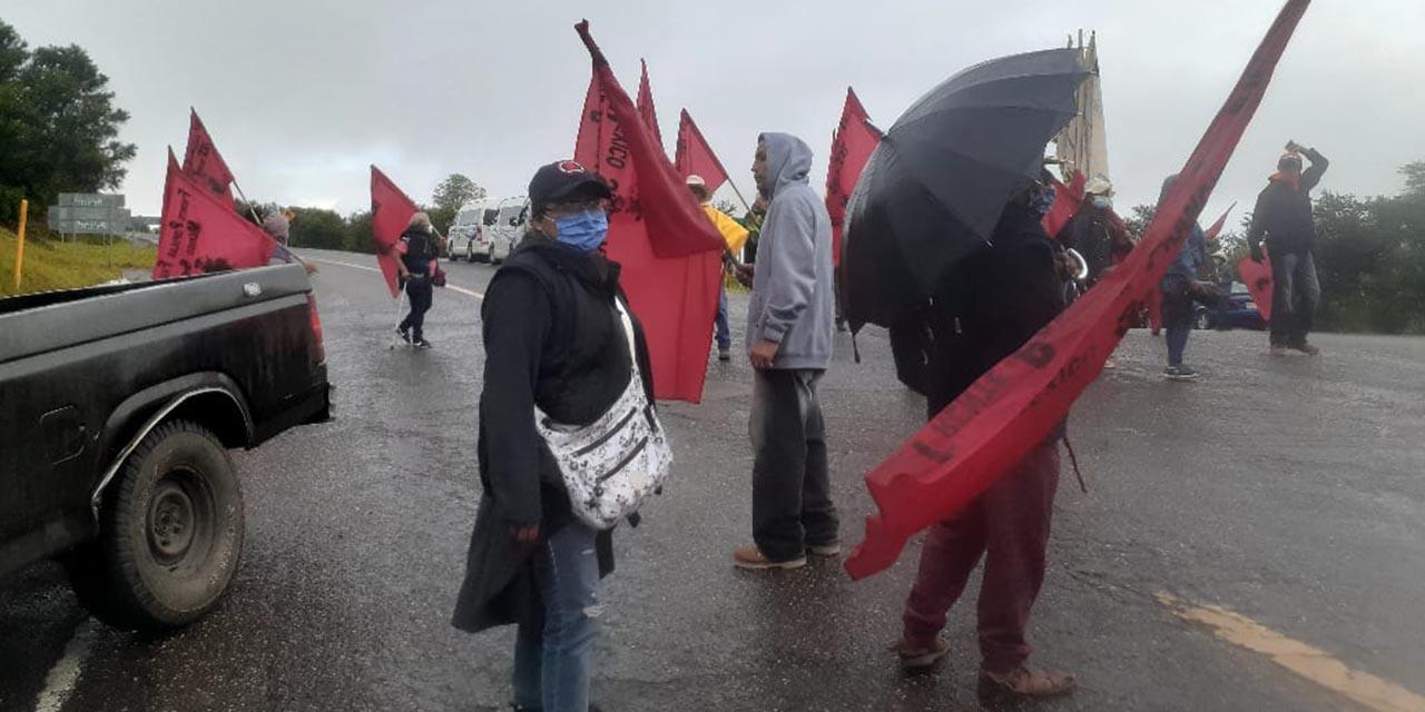 Realizan bloqueos para exigir destitución de edil | El Imparcial de Oaxaca