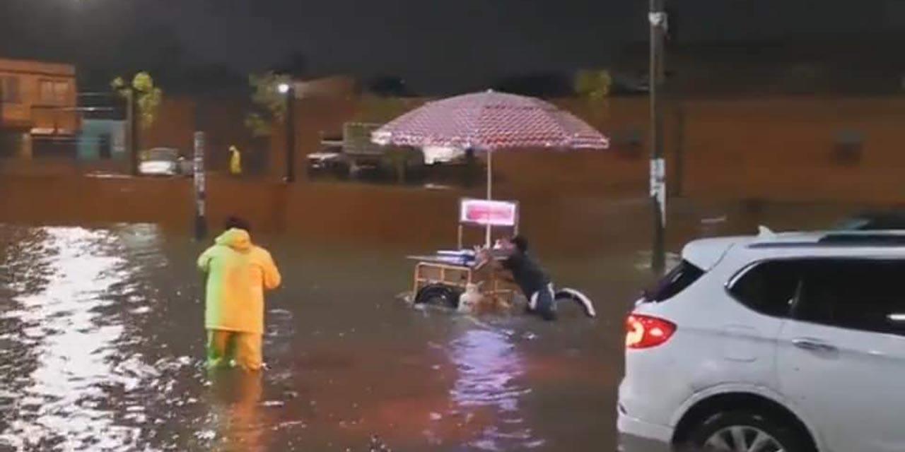 Atiende Bomberos reportes derivados a las lluvia en la capital oaxaqueña