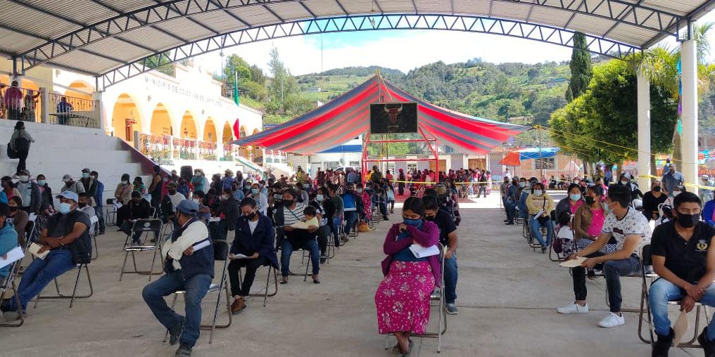 Reportan alta afluencia de personas para vacunarse en Coicoyán   El Imparcial de Oaxaca