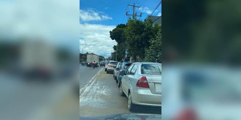 Automovilistas obstaculizan ruta de Citybus | El Imparcial de Oaxaca