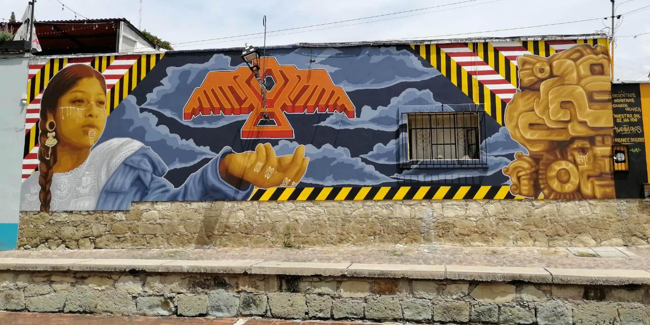 """Con mural, inician """"Encuentros Indígenas Canadá-Oaxaca"""""""