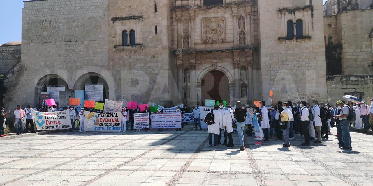 Movimiento de eventuales de los SSO rechaza injerencia de sindicatos   El Imparcial de Oaxaca