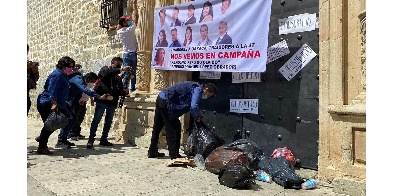 Locatarios demandan reubicación urgente de ambulantes | El Imparcial de Oaxaca