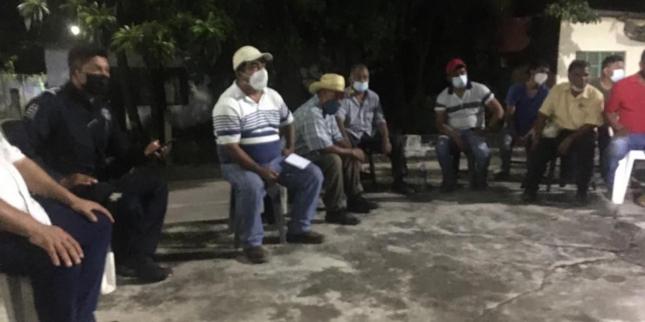 Liberan a policías y funcionarios en Jocotepec | El Imparcial de Oaxaca