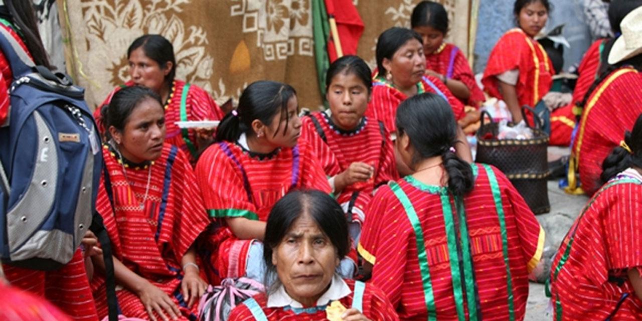Mantendrán Triquis plantón en el Zócalo de Oaxaca   El Imparcial de Oaxaca
