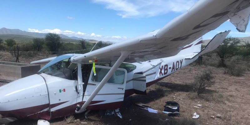 Avioneta realiza aterriza de emergencia en Coahuila; tripulantes salvados de milagro   El Imparcial de Oaxaca