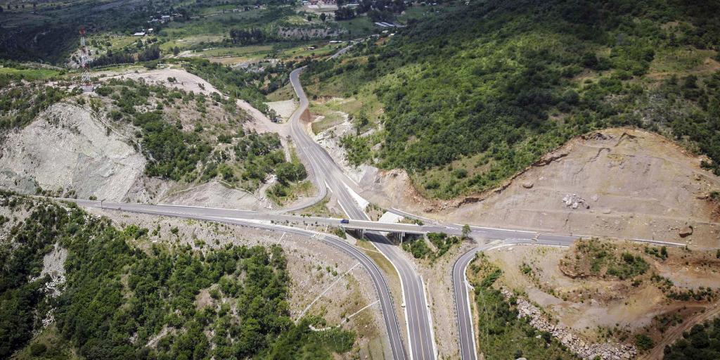 Avance de 66 y 60 % supercarreteras a la Costa e Istmo: SCT | El Imparcial de Oaxaca