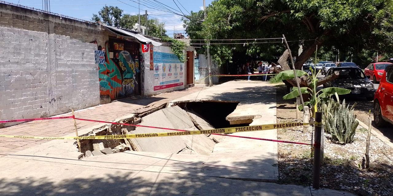 Colapsa otra parte del andador peatonal del fraccionamiento La Noria | El Imparcial de Oaxaca
