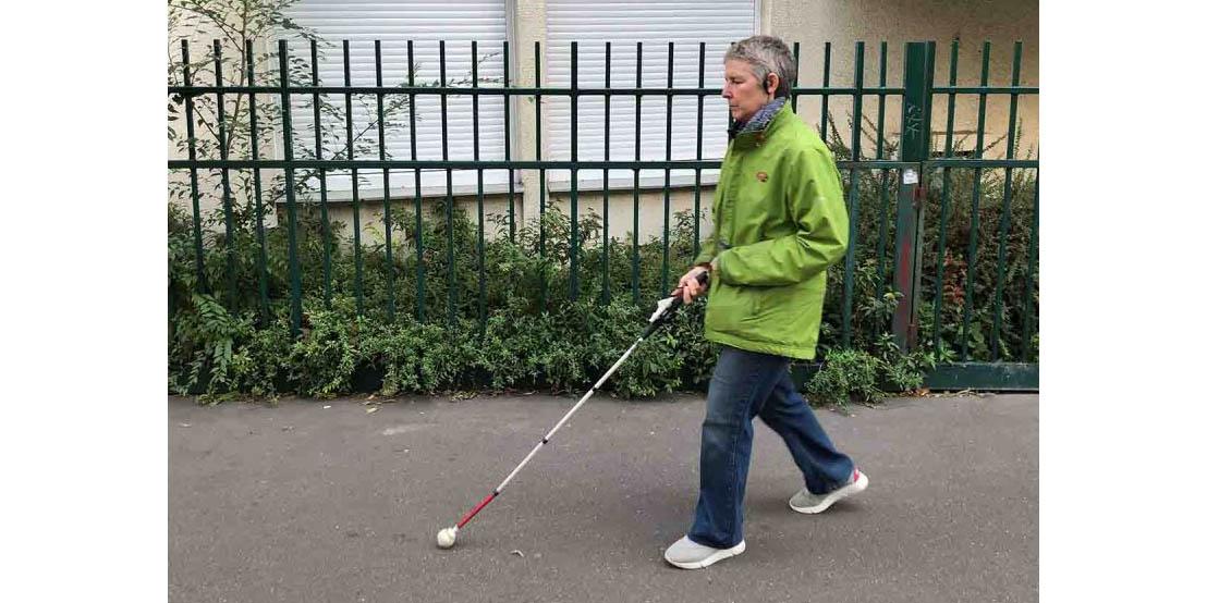 Este es el gadget que ayuda a discapacitados visuales a esquivar peligros de la calle   El Imparcial de Oaxaca