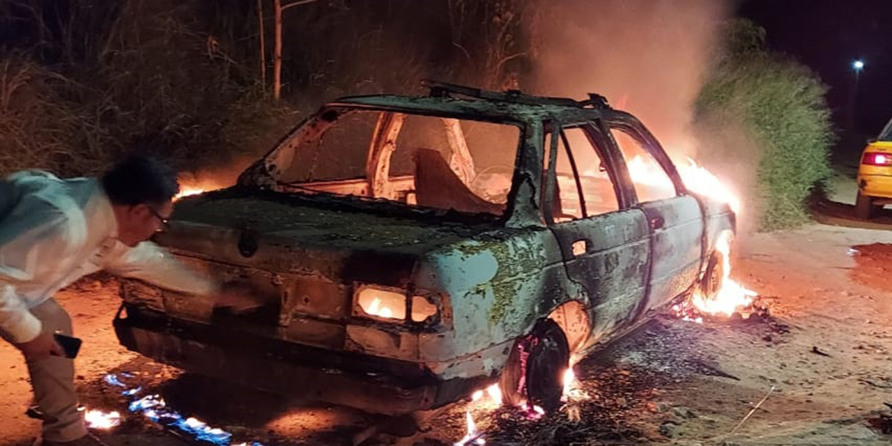Le roban el taxi en la Colonia Monte Albán de Oaxaca y luego lo queman   El Imparcial de Oaxaca