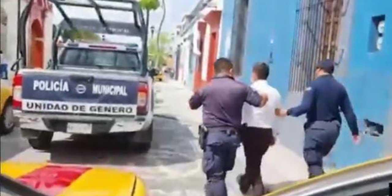 Taxista golpea a invidente en el Centro Histórico de Oaxaca | El Imparcial de Oaxaca