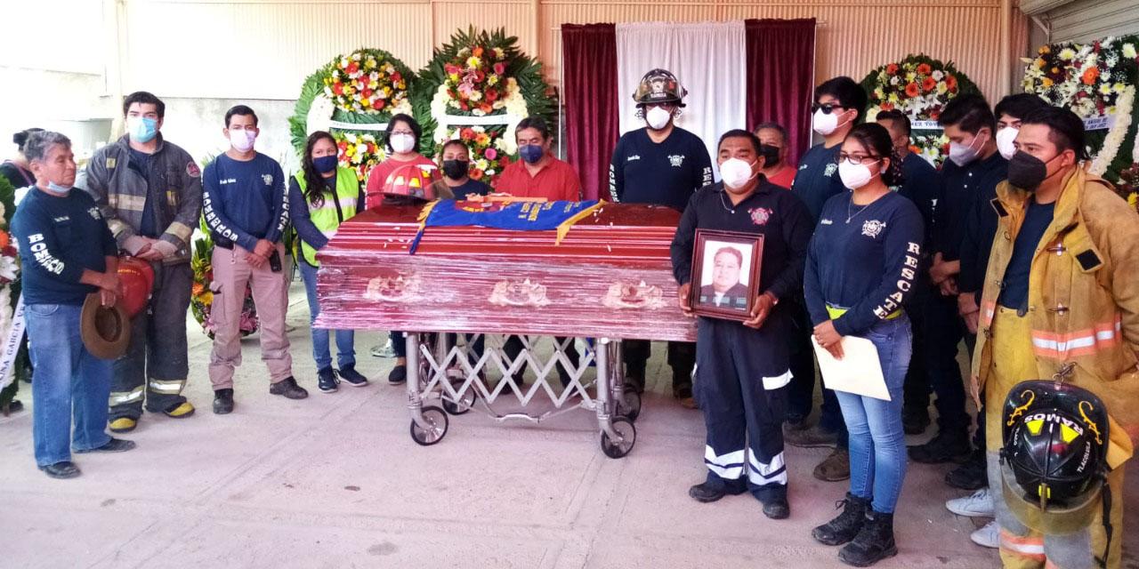 Se despiden de bombero en Tlacolula de Matamoros   El Imparcial de Oaxaca