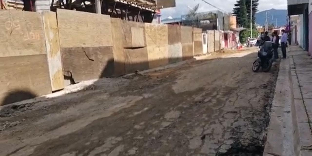 Piden vecinos de la Colonia Reforma atención a las calles | El Imparcial de Oaxaca