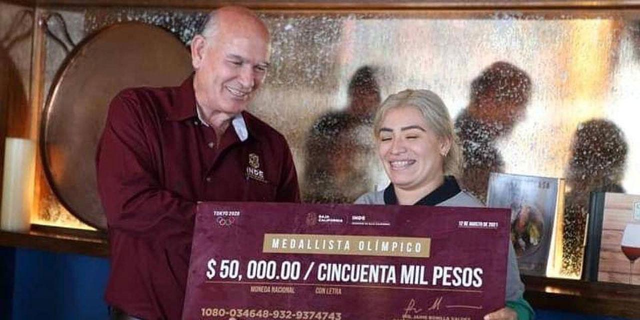 Jaime Bonilla me entregó un cheque sin fondos: Denuncia Aremi Fuentes, medallista olímpica | El Imparcial de Oaxaca