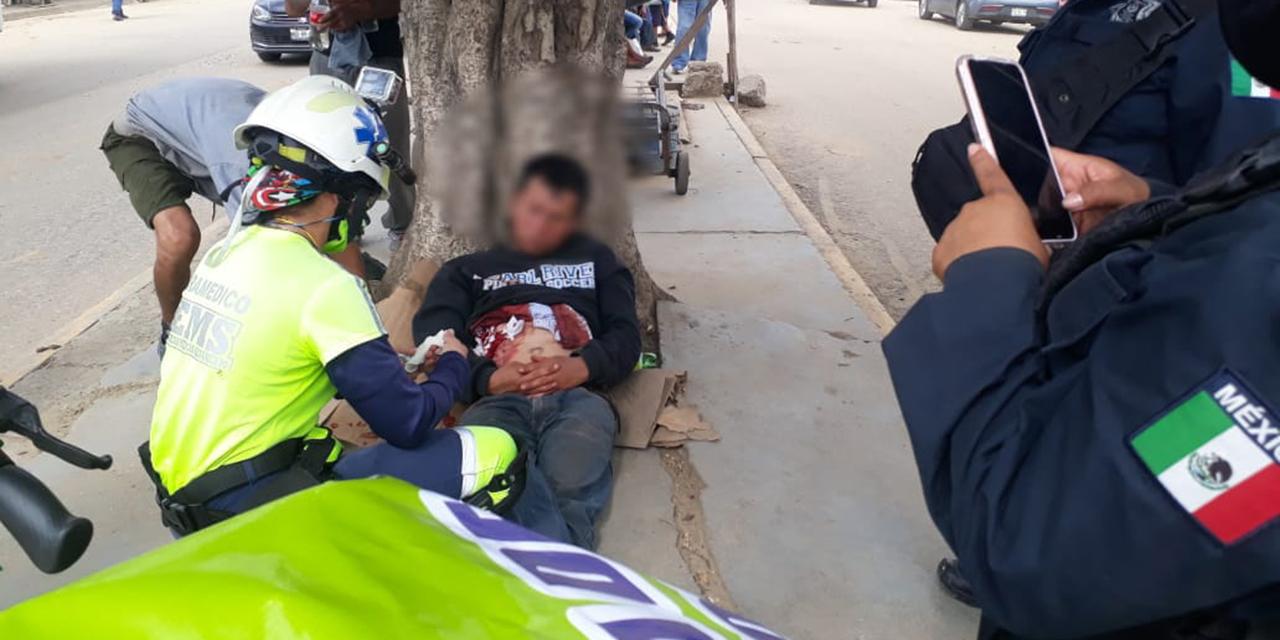Se da un navajazo sin motivo aparente en la Central de Abasto | El Imparcial de Oaxaca