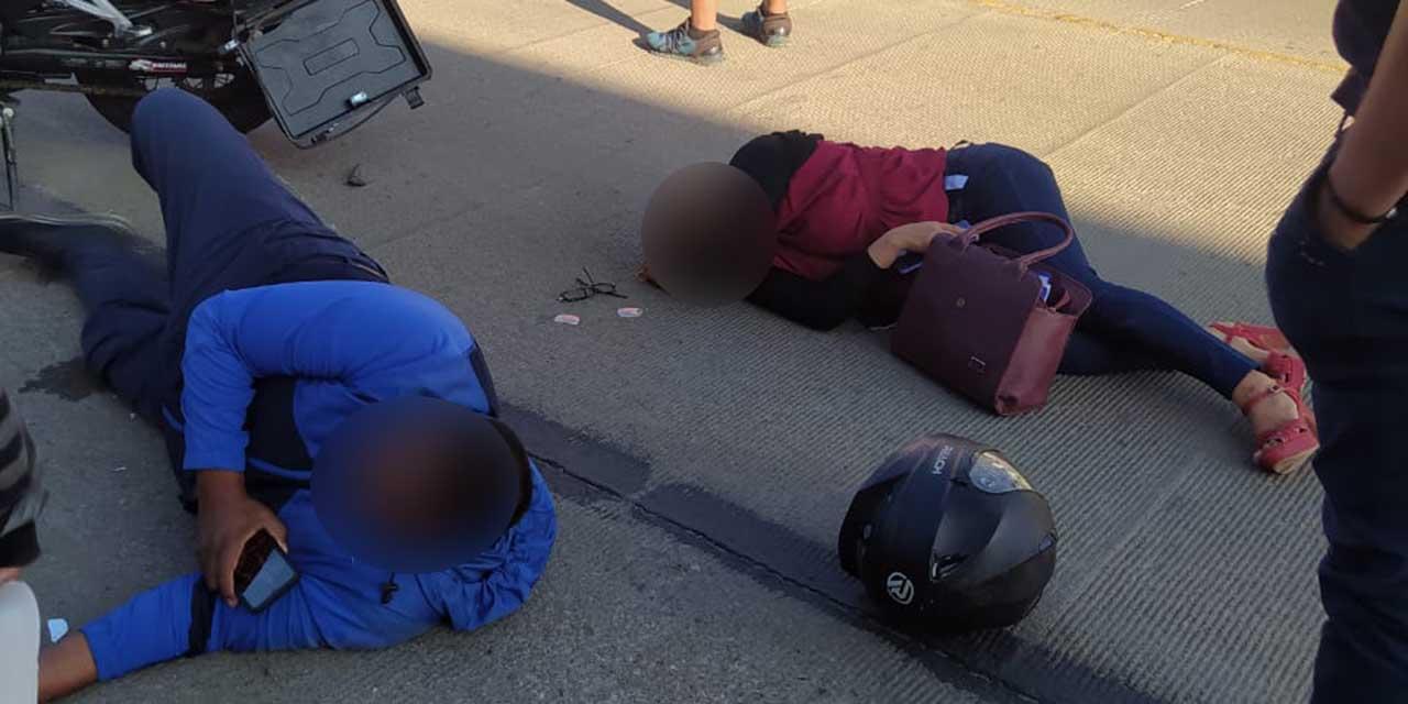 Motociclistas se accidentan contra camioneta en Santa Lucía del Camino | El Imparcial de Oaxaca