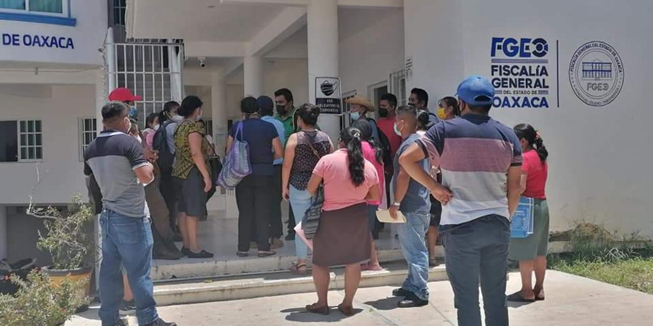 Ante el Juez por  presunto fraude a vecinos de Pluma Hidalgo   El Imparcial de Oaxaca
