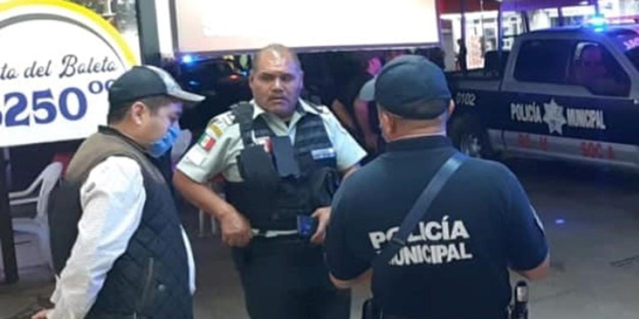 Colisionan taxi y camioneta en Huajuapan | El Imparcial de Oaxaca