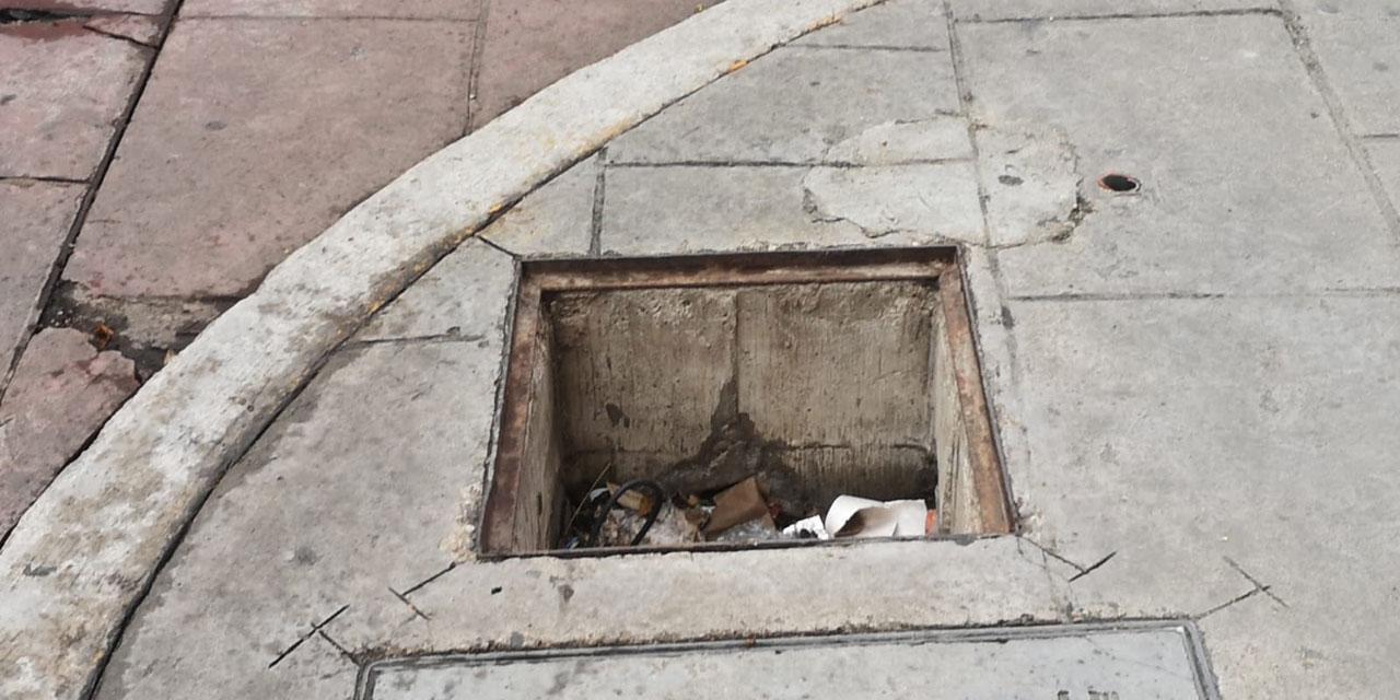 Continúan robos de tapas de registro | El Imparcial de Oaxaca