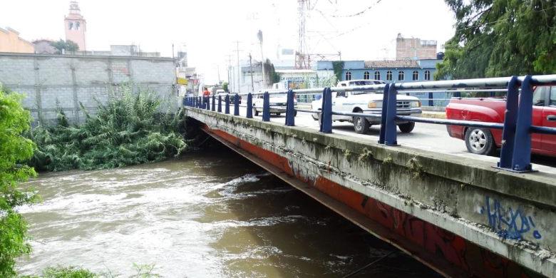 Turista muere en río de Hidalgo al ayudar a rescatar a su hijo   El Imparcial de Oaxaca