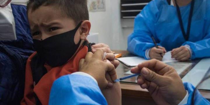 Vacunarán este viernes a más de una veintena de menores contra Covid-19 | El Imparcial de Oaxaca