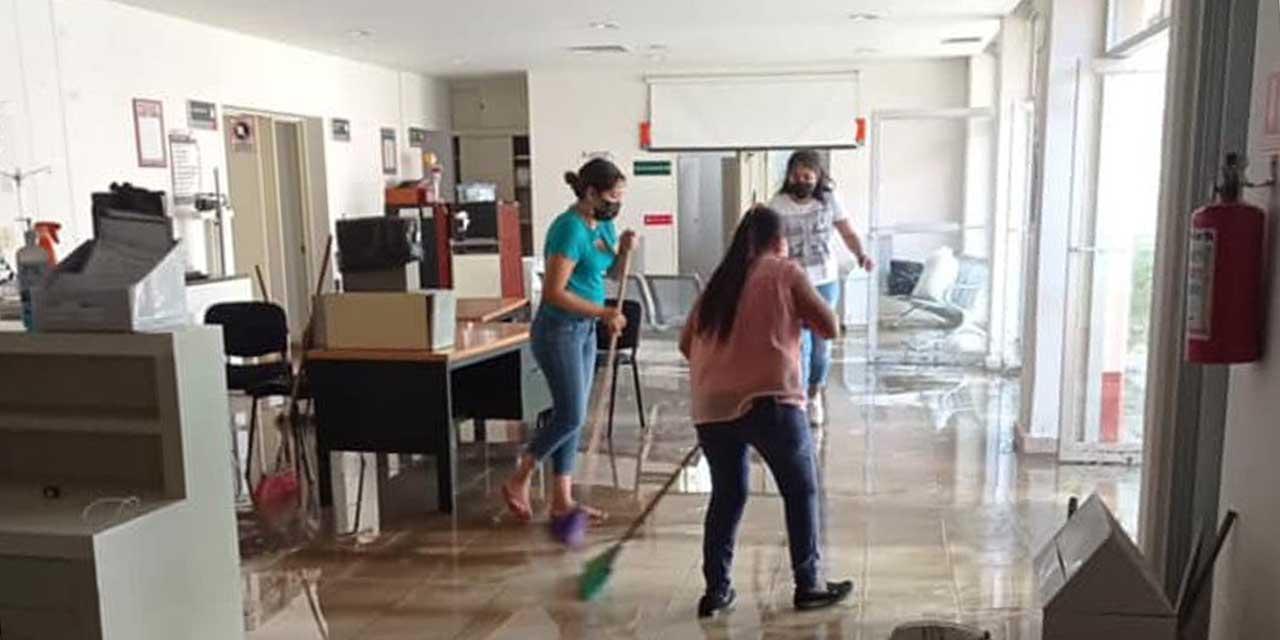Tormenta inunda hospital comunitario de Teotitlán de Flores Magón   El Imparcial de Oaxaca