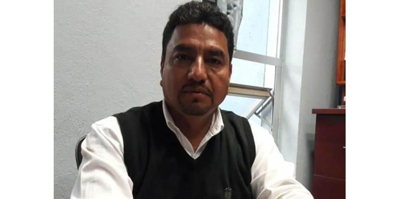 Rechaza Ariel Luján destitución como líder del STEUABJO | El Imparcial de Oaxaca
