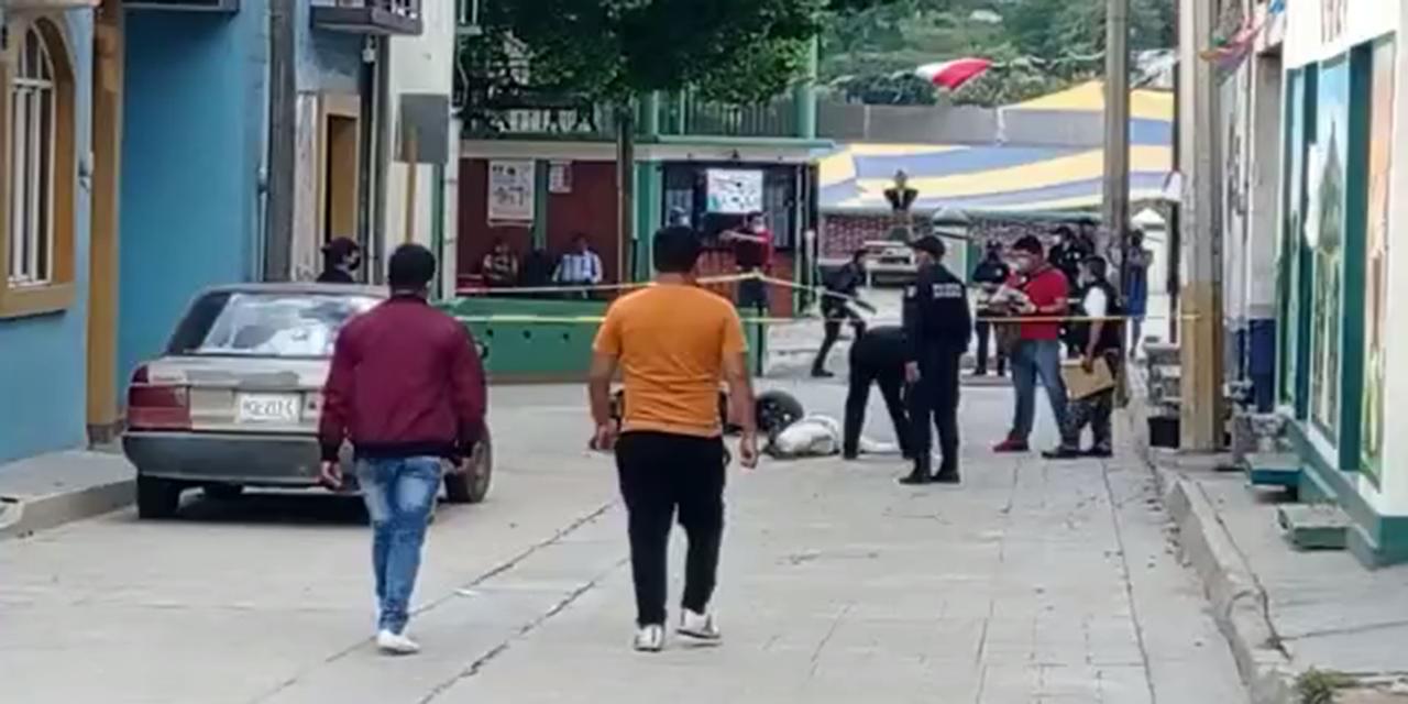 Video: Mariachi muere trágicamente en San Antonio de la Cal   El Imparcial de Oaxaca