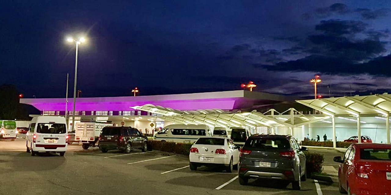 Aeropuerto de Oaxaca se pinta de rosa   El Imparcial de Oaxaca