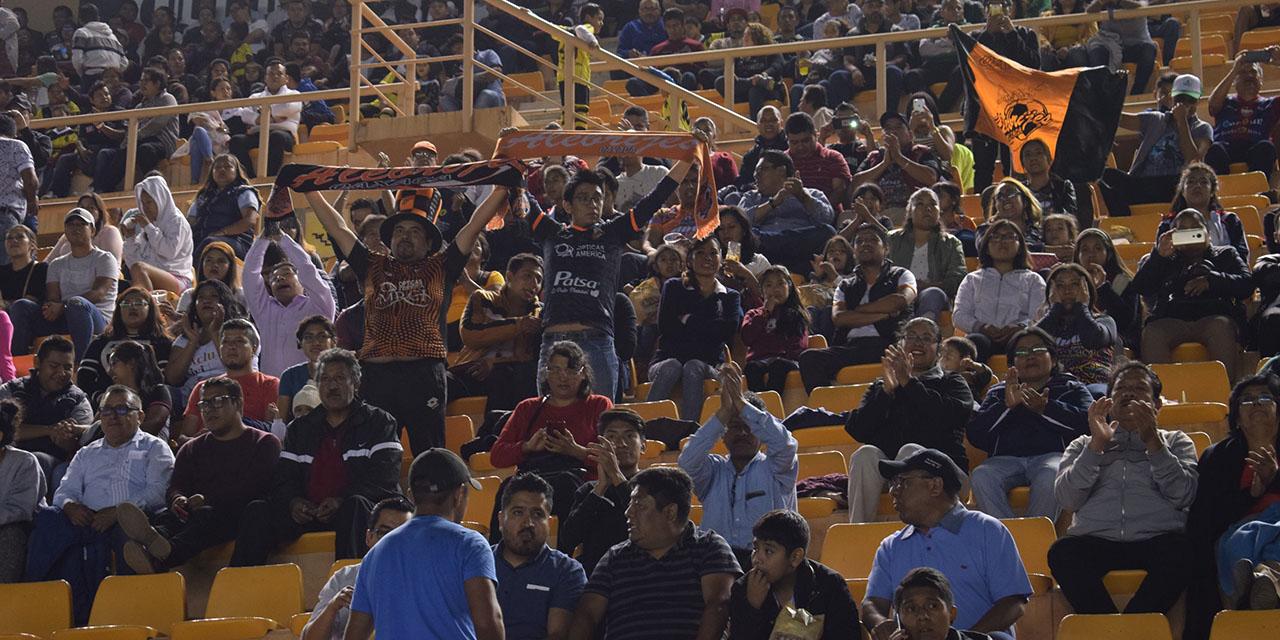 Regresa la afición al estadio de Alebrijes   El Imparcial de Oaxaca